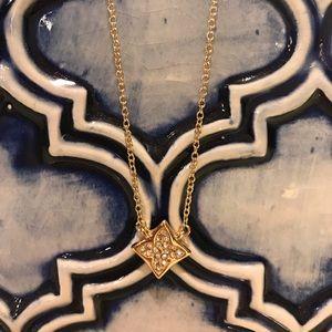 Jewelry - Dainty Fashion Necklace